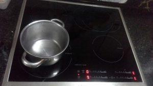 Một số lỗi của bếp từ
